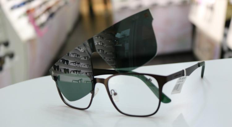 ... Lentes e Óculos Viallure Chilli Beans lança coleção Armação Multi    Moda e Estilo f356ab5d16