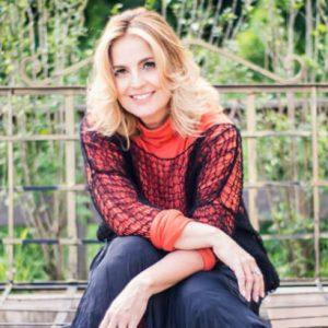 """Isabella Taviani traz o show """"15 anos, Eu e Você!"""" para o Teatro RioMar"""