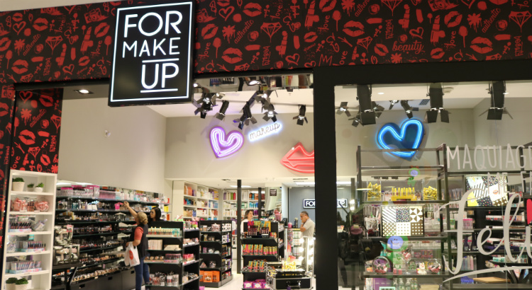 For Make Up inaugura no RioMar Recife