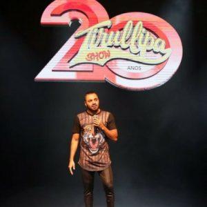 "Tirullipa faz público ""chorar de rir"" no Teatro RioMar"