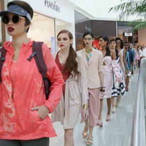 Preview Passarela: modelos desfilam nos corredores do RioMar