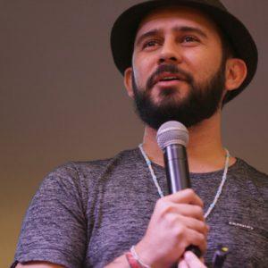 Vídeo: Bráulio Bessa no Dia dos Pais do RioMar