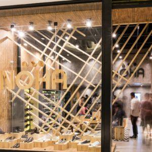 Noha recebe clientes com happy hour às sextas