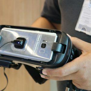 Óculos de realidade virtual conquistam aficionados por tecnologia