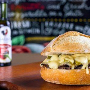 Artisano oferece massas e sanduíches artesanais no RioMar Recife