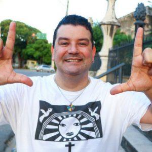 André Rio faz show neste feriado no RioMar Recife