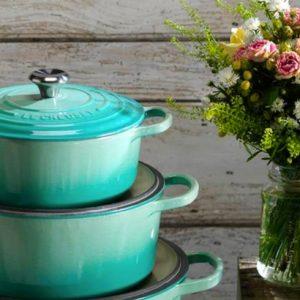 Le Creuset aposta na cor cool mint para a estação primavera