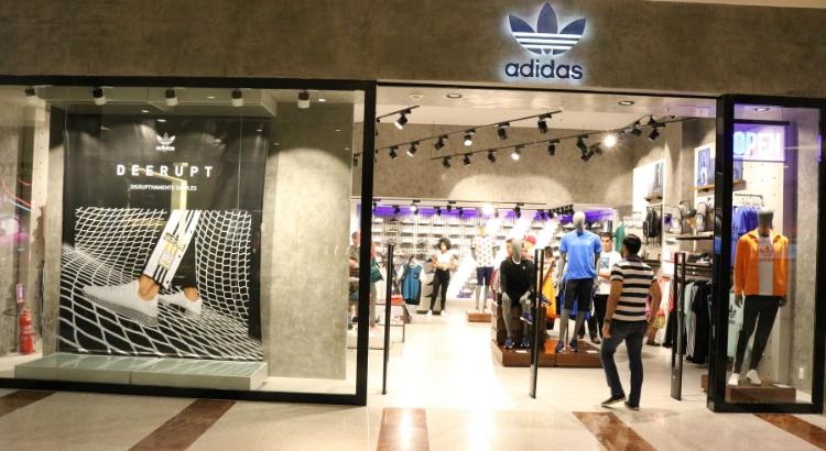 Adidas inaugura loja voltada à linha Originals no RioMar