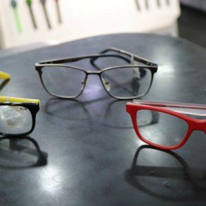 Óculos de grau infantis também podem ser divertidos