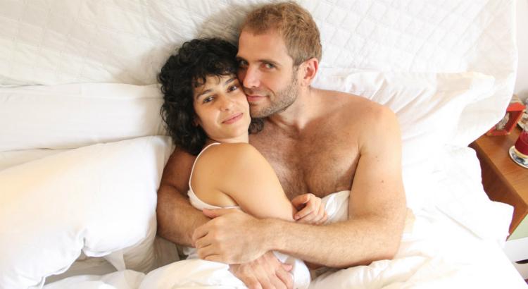 Dia dos Pais: peça com Maria Flor e Emanuel Aragão tem 50% de desconto