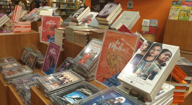 Na Livraria Cultura, leia, ouça e veja mulheres de destaque