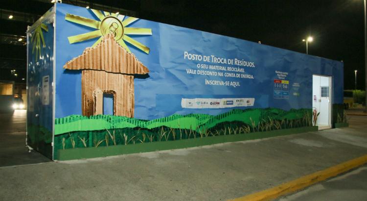 Novo container do Projeto Vale Luz Celpe no RioMar Recife