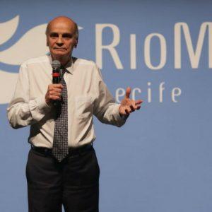 Drauzio Varella motiva público durante RioMar De Bem com a Vida