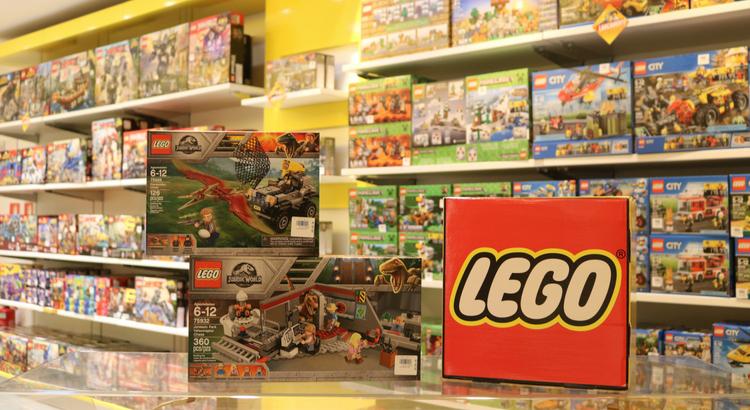 Laboratório Lego Jurassic promete muita diversão para a criançada