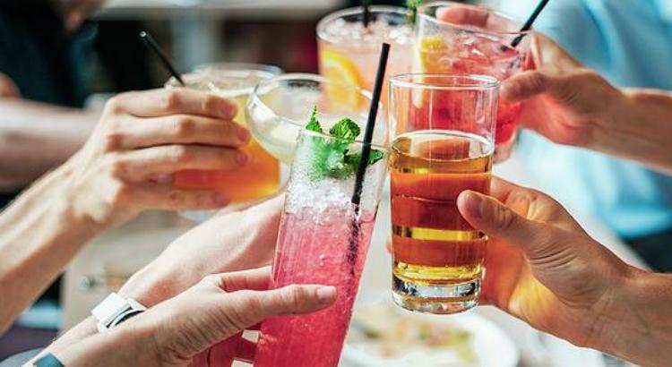 Kit para aliviar os sintomas de quem exagerou na bebida