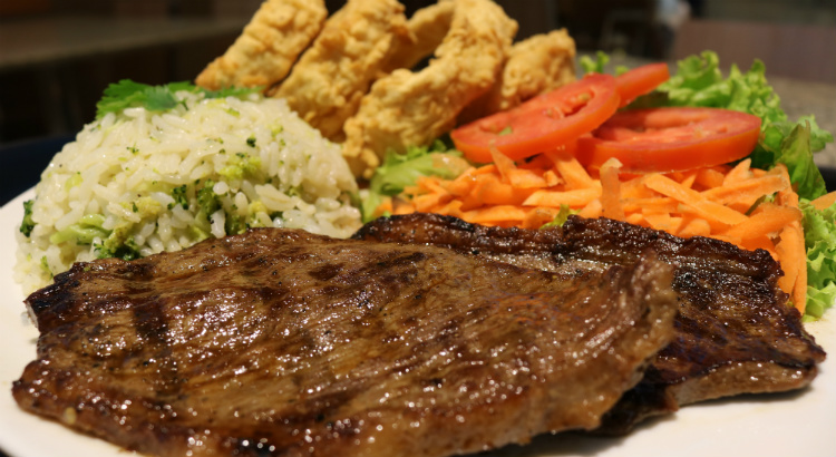 Rock & Ribs oferece pratos com preços especiais