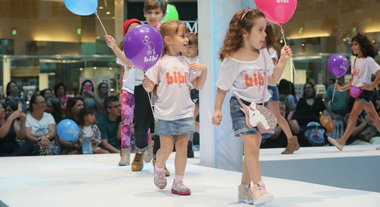 Luzes, cores e graciosidade no Passarela Kids RioMar