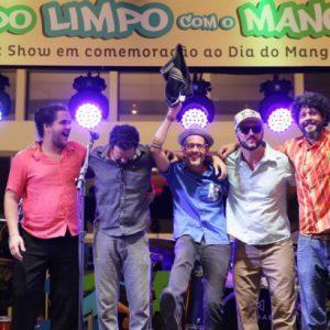 Cascabulho celebra o mangue em show nostálgico