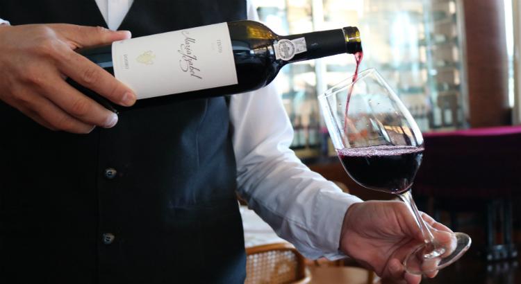 Para não errar na hora de saborear um bom vinho