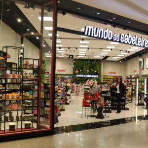 Mundo do Cabeleireiro inaugura loja no RioMar Recife