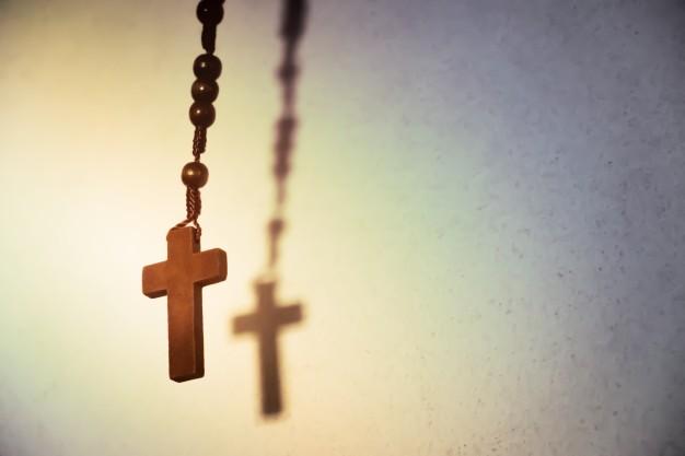 Artigos religiosos unem beleza e fé
