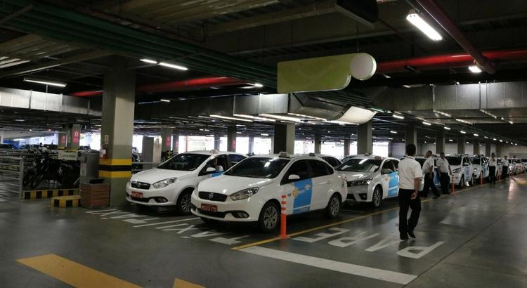 Novos pontos de táxi são oferecidos no RioMar