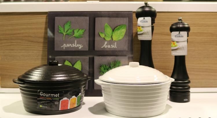 Utensílios de cozinha cheios de charme da Etna