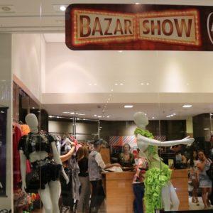 Bazar vende itens doados pela cantora Joelma