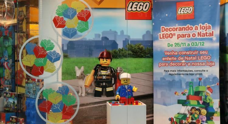 Natal: crianças podem decorar a Lego com suas próprias criações