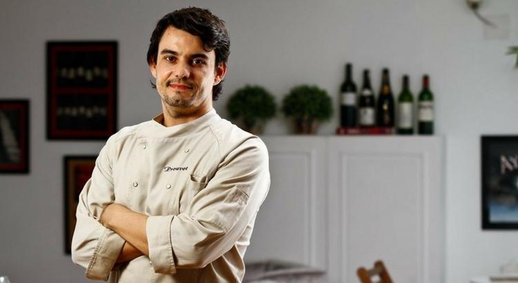 Hugo Prouvot ensina receitas saudáveis no Ateliê Perini