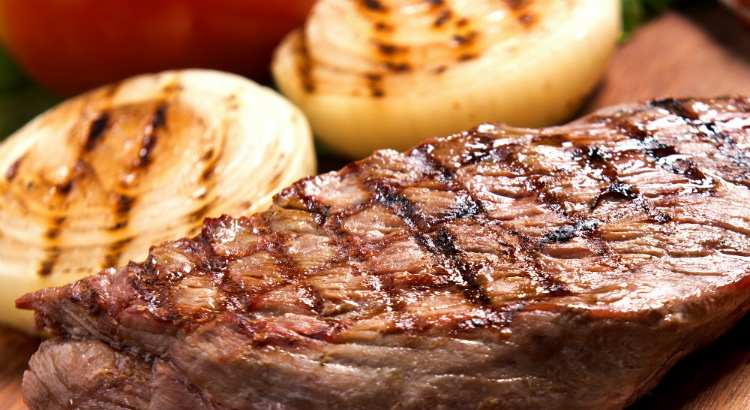 Mais de 20 tipos de carne no Sal e Brasa Grill Express