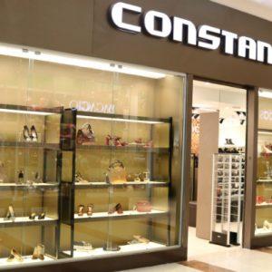 Constance: closet de sapatos para se servir à vontade