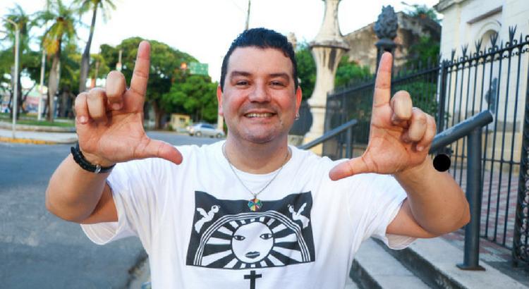 Feriado dia 16 é no RioMar Recife com show de André Rio