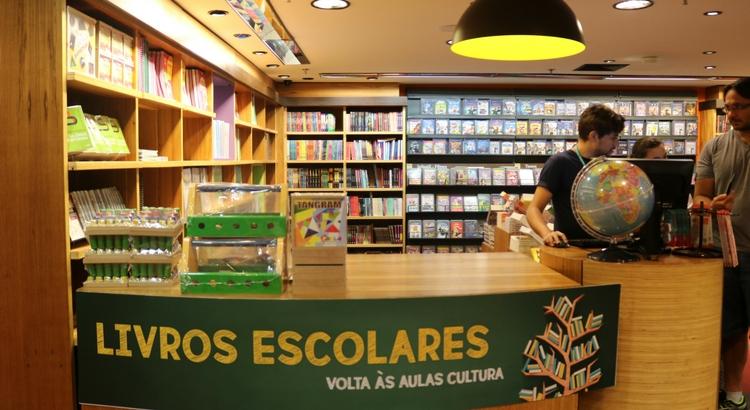 Listas de livros: conheça as vantagens das livrarias no RioMar