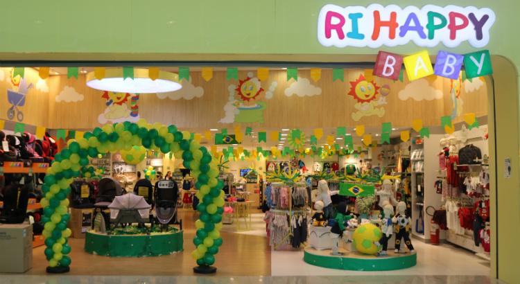 5595471fd Looks verde e amarelo para os pequenos. Na Ri Happy ...