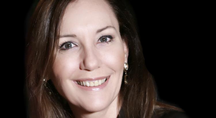 Martha Gabriel, Entre Elas: desafios que estimulam a criatividade