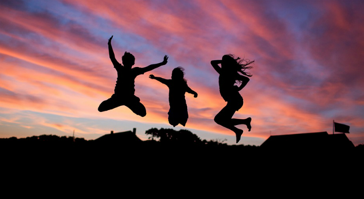 Mães que constroem a Felicidade Interna Bruta