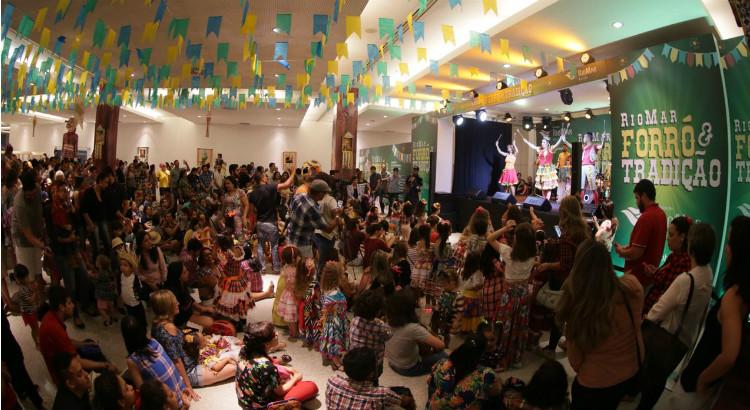 A criançada se divertiu no Bailinho Infantil de São João