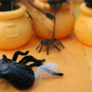 Monstrinhos e caveiras invadem o Halloween da Le Biscuit