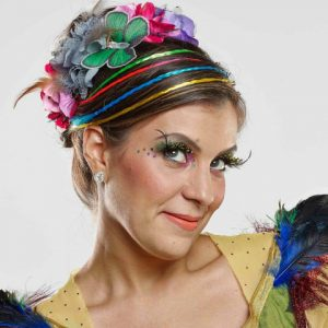 Carol Levy faz show beneficente no Teatro RioMar