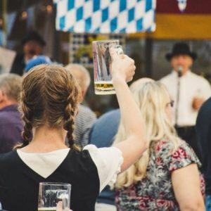 Música, concurso de chope e muitas outras atrações na Oktoberfora