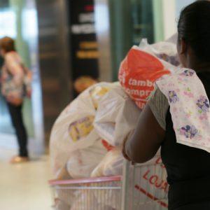 Black Friday RioMar: descontos de até 70% e lojas abertas a partir das 6h