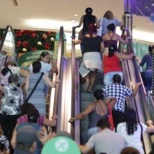 Vídeo: as primeiras horas da Black Friday no Riomar