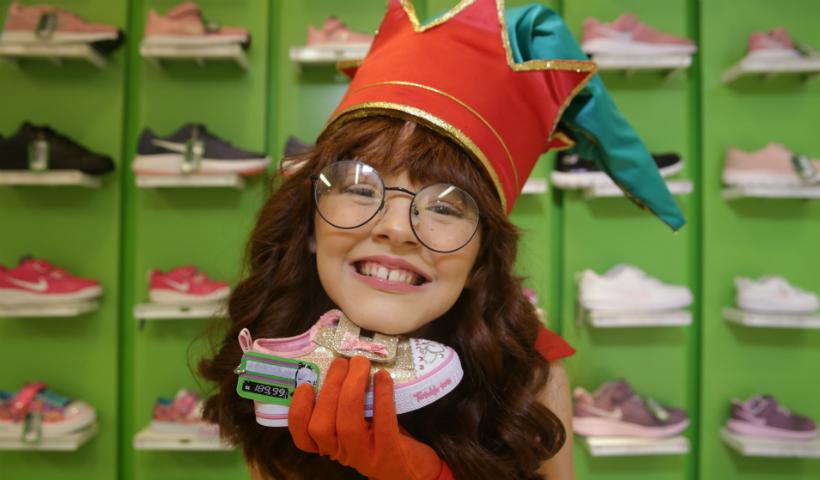 As dicas de presentes de Nina, a ajudante de Papai Noel, para as crianças