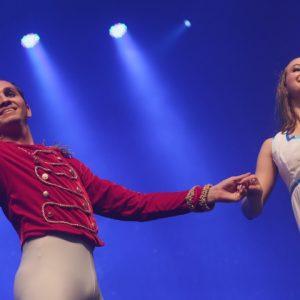 Teatro RioMar aplaude de pé ballet 'O Quebra Nozes'