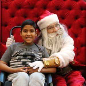 Papai Noel cria sonhos e encanta as crianças no RioMar