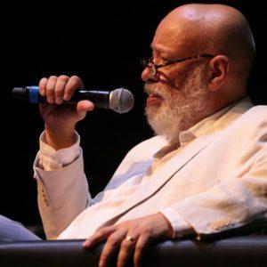 Luiz Felipe Pondé discutiu a busca da felicidade a qualquer custo