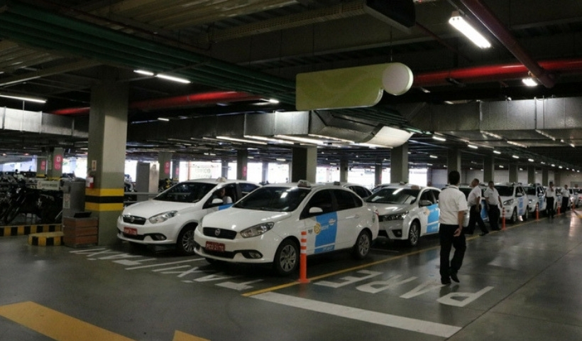 Pontos de táxi no RioMar facilitam o deslocamento com comodidade