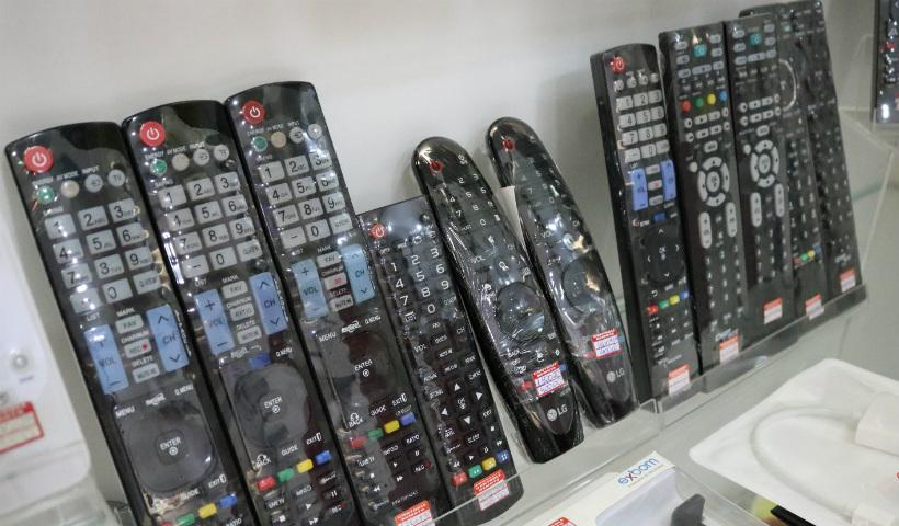 899bd8783 Na parte de ferramentas os clientes encontram peças a partir de R  10.  Também tem alicates a partir de R  37