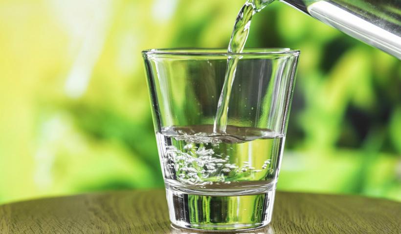 Dicas para manter seu corpo hidratado no verão